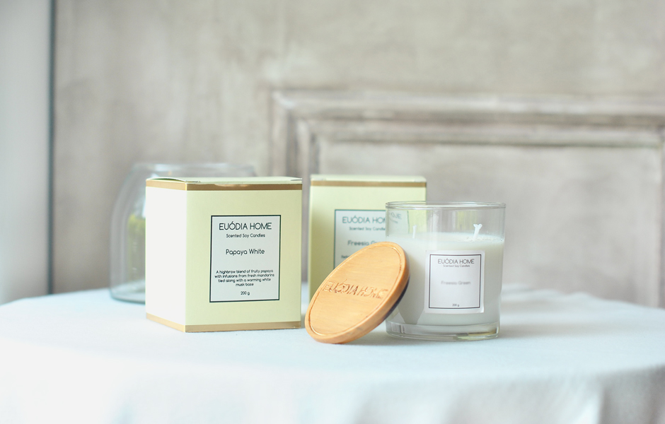 Soy Scented Candle - Papaya White