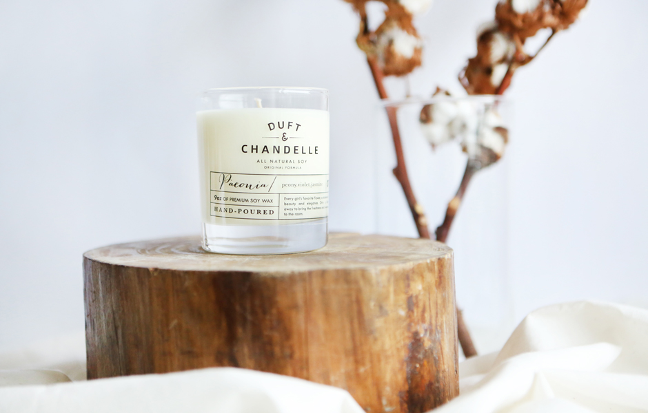 SOY SCENTED CANDLE - PEONIA